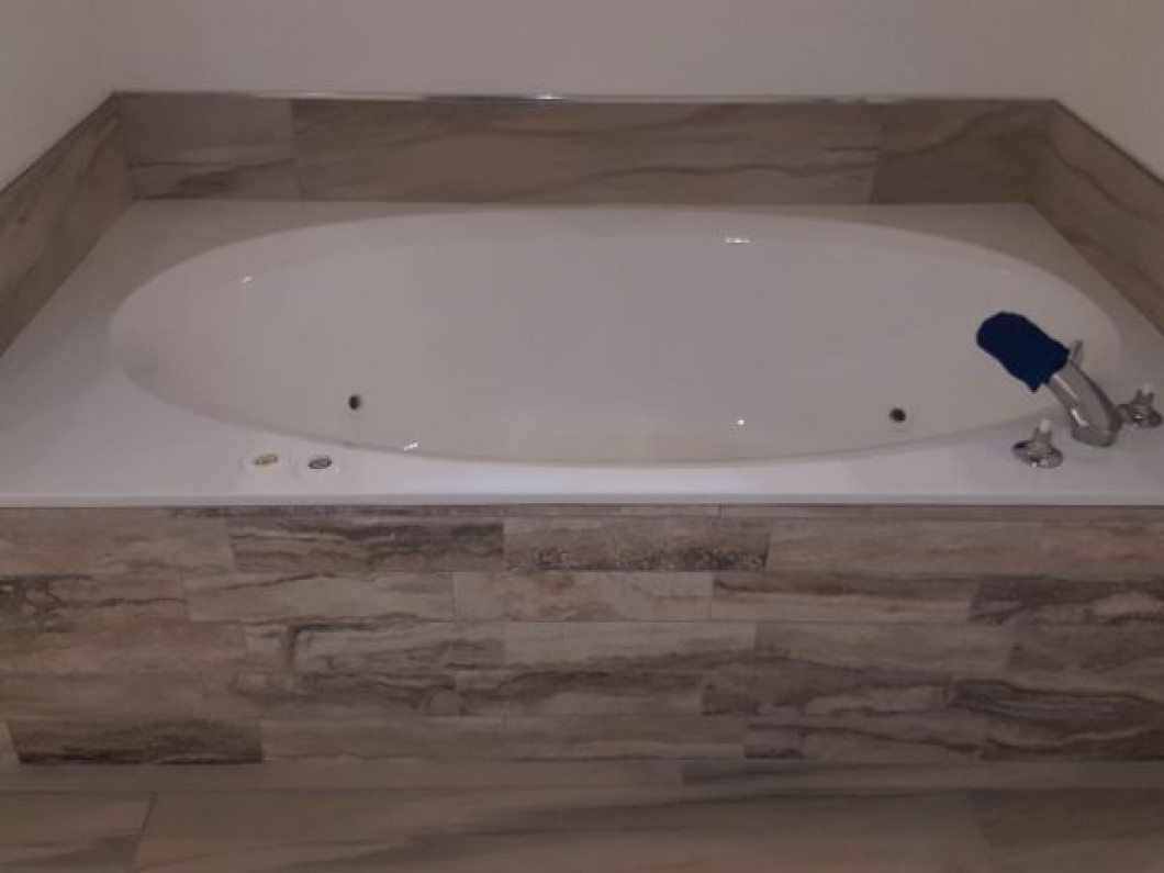 bathtub marble cultured watch youtube reglazing tub shower and a